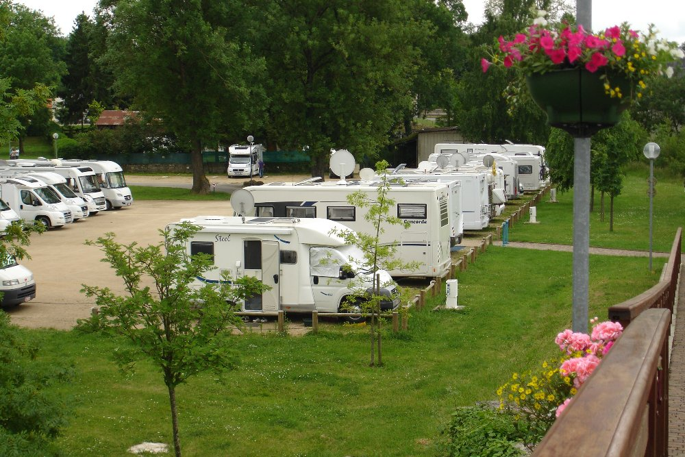 Aire camping-car à Stenay (55700) - Photo 4
